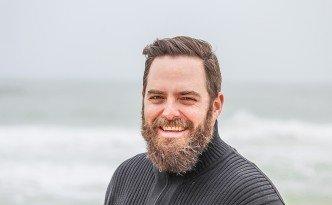 adult-beach-beard-736716